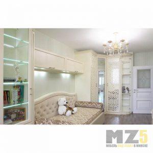 Набор детской мебели в классическом стиле с угловым распашным шкафом