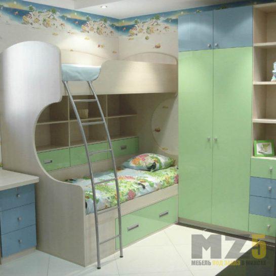 Комплект детской мебели с двухъярусной кроватью нежных тонов