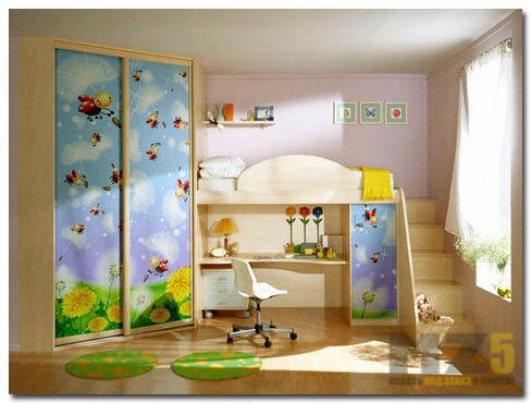 Шкаф-купе с фотопечатью и кровать чердак с рабочей зоной в детскую комнату