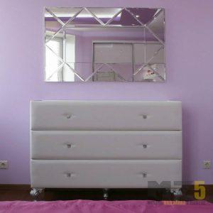 Мягкий классический комод для спальни с зеркалом