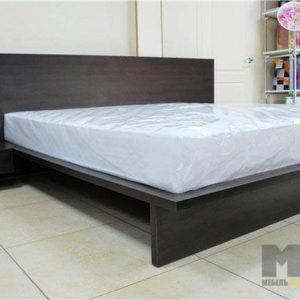 Двуспальная кровать в стиле минимализм черного цвета