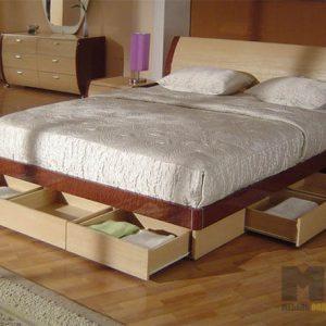 Двуспальная кровать из МДФ бежево-коричневого цвета