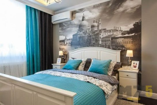 Классическая двуспальная кровать из белого МДФ