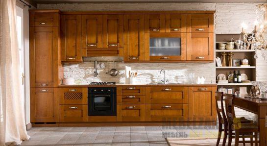 Классическая кухня прямой конфигурации из шпона