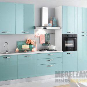 Маленькая голубая прямая кухня