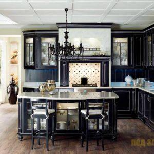 Угловая кухня темного цвета в стиле прованс