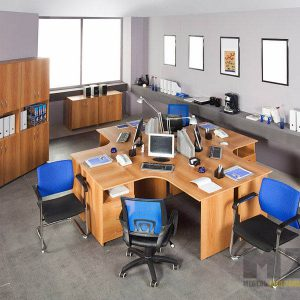 Офисный стол из МДФ под дерево для четверых сотрудников
