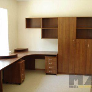 Комплект офисной мебели с длинным рабочим столом