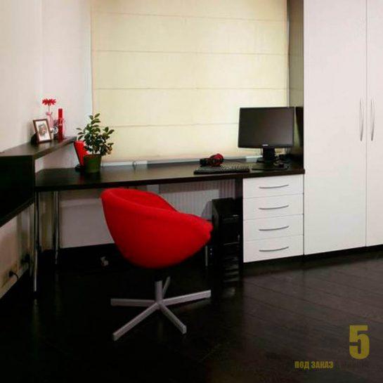 Письменный стол с приставной тумбой в черно-белом матовом цвете