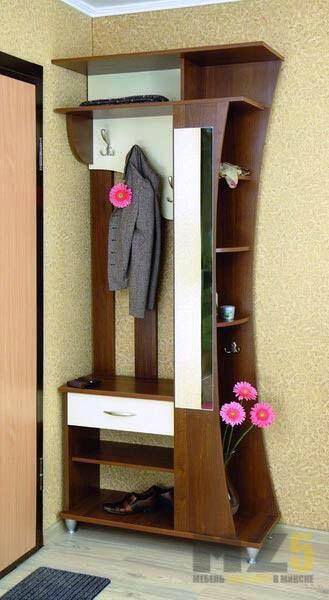 Небольшой шкаф в прихожую для одежды