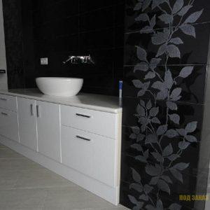 Набор современной ванной мебели с пескоструйным рисунком