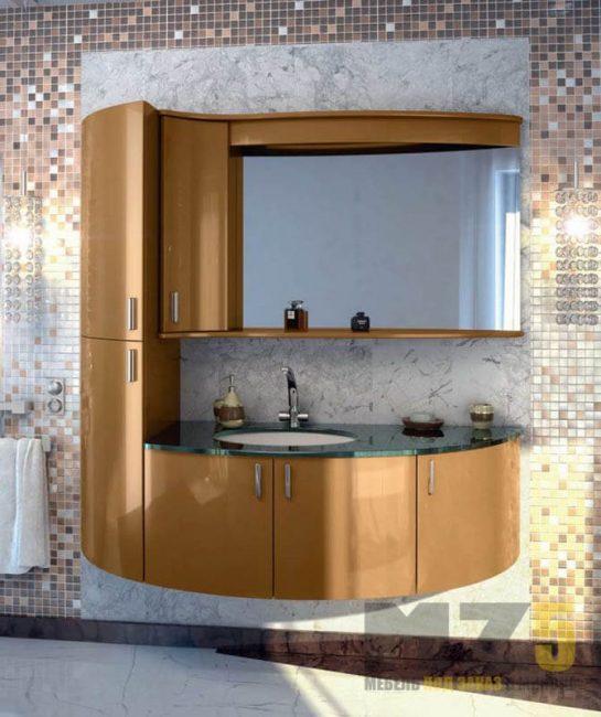 Современная радиусная мебель в ванную в золотом цвете с глянцевыми фасадами