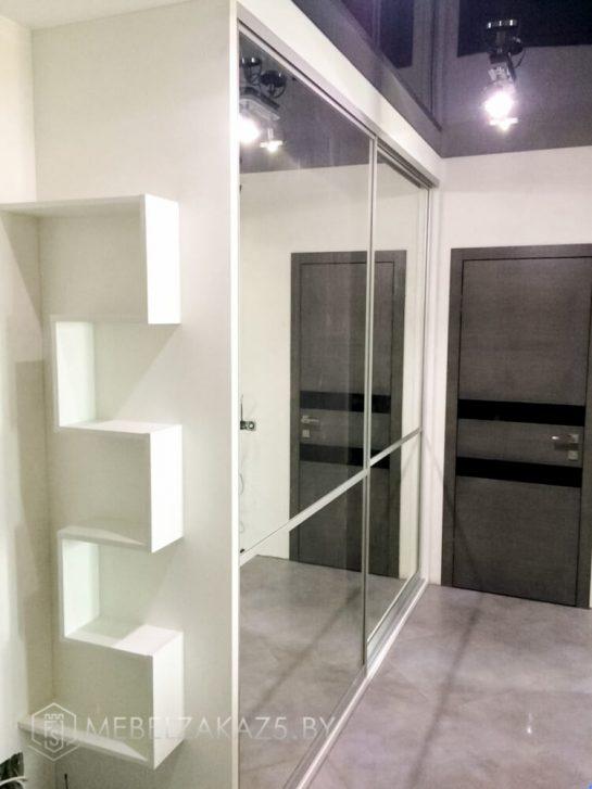 Шкаф-купе в прихожую с зеркалами