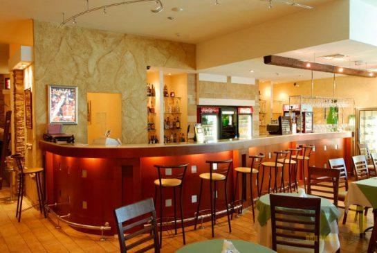 Мебель для ресторанов из ДСп под цвет дерева