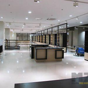Торговая мебель из МДФ бежево-коричневого цвета