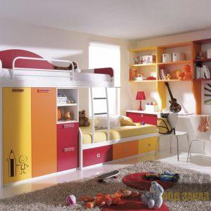Яркий современный комплект мебели в детскую для двоих детей