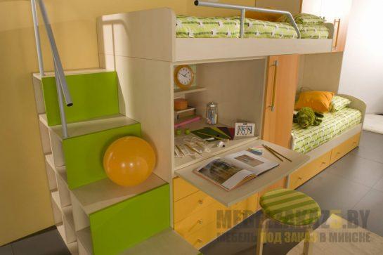 Детская двухъярусная кровать с ящиками для хранения и откидной рабочей зоной