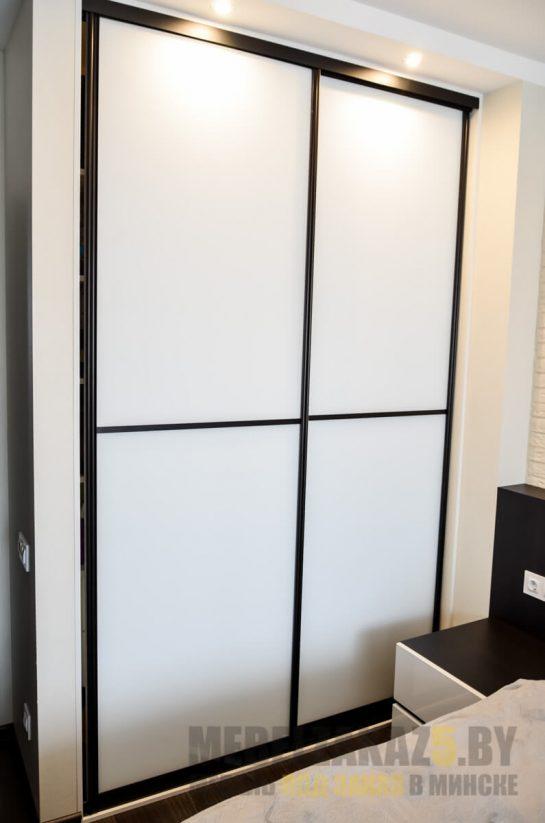 Набор мебели в спальню - шкаф-купе