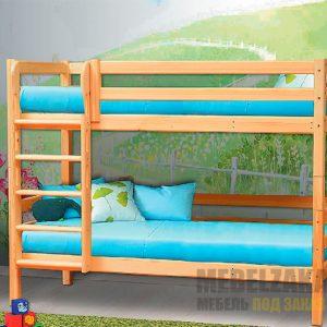 Двухъярусная кровать из массива для детской комнаты