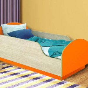 Кровать с бортиком