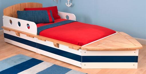 Кровать в детскую с бортиками по бокам