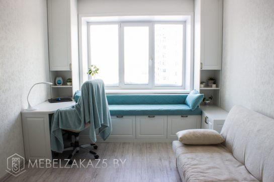 Односпальная современная кровать в комнату для подростка