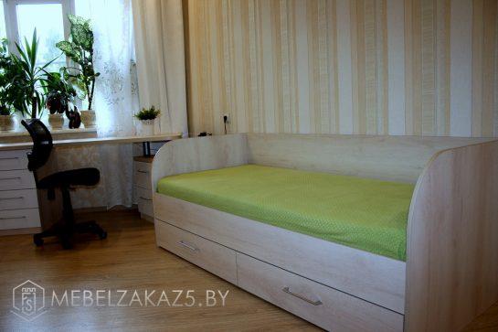 Односпальная кровать с ящиками в комнату подростка