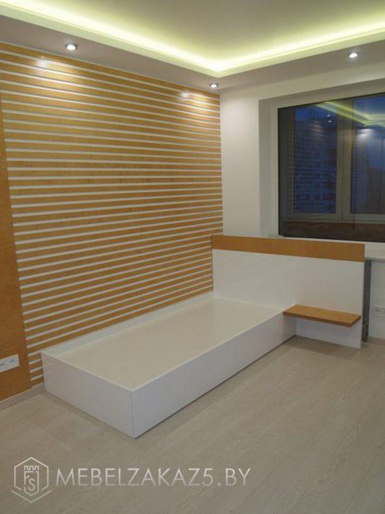 Односпальная кровать в современном стиле в подростковую комнату
