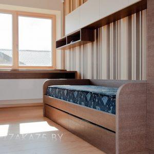 Корпусная мебель в подростковую комнату в коричневом цвете
