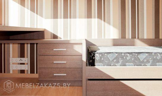 Приставная тумба с кроватью в комнату для подростка коричневого цвета