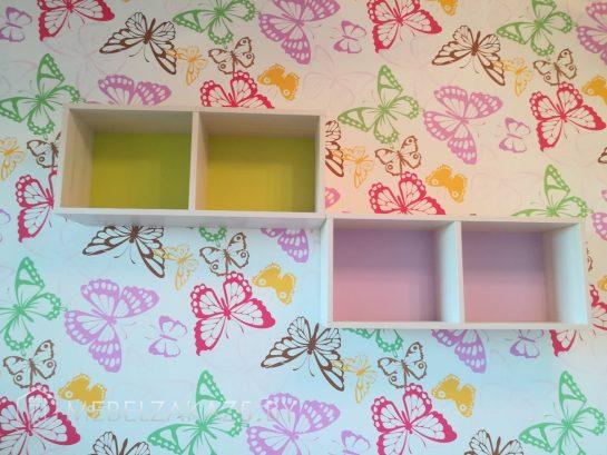 Декоративные навесные полки в комнату для девочки