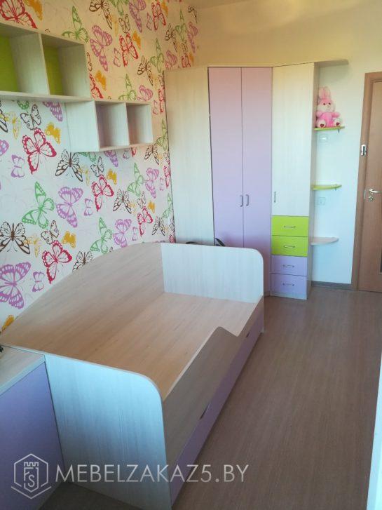 Кровать с распашным шкафом в детскую для девочки