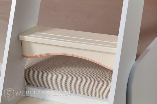 Лестница детской двухъярусной кровати