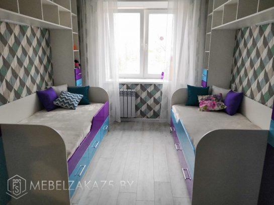 Современная мебель в детскую для двоих в темных тонах