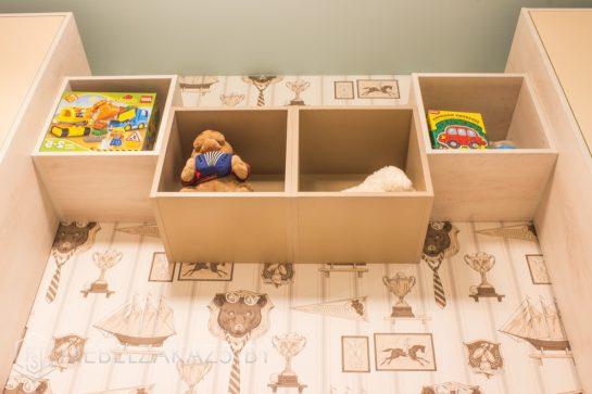Декоративные навесные полки в детскую для мальчика