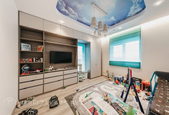Современный набор корпусной мебели в комнату для мальчика