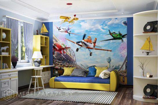 Яркий набор корпусной мебели в комнату для мальчика