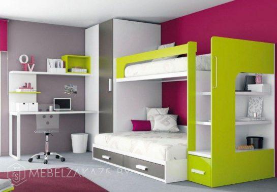 Детская двухъярусная кровать с рабочей зоной и встроенным распашным шкафом