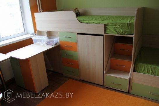 Кровать-чердак с дополнительным спальным местом