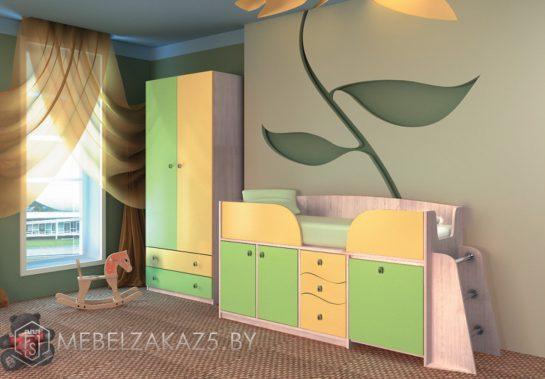 Салатово-желтый комплект корпусной мебели для трехлетних детей