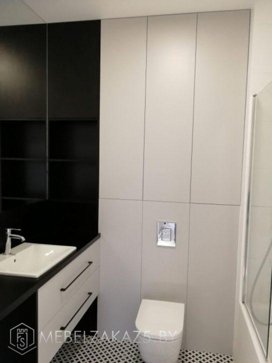 Серно-белая подвесная тумба в ванную комнату