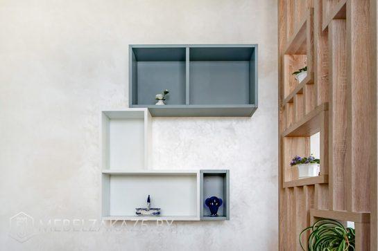 Декоративные навесные полки в стиле модерн для спальни
