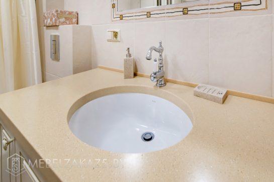 Классическая тумба под круглую раковину в ванной
