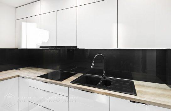 П-образная кухня в стиле минимализм из акрила