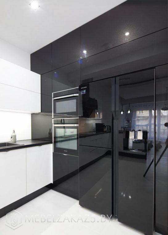 Акриловая угловая кухня в стиле хай тек