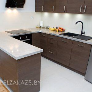 П-образная кухня модерн цвета венге из пластика