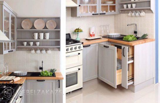 Угловая кухня в классическом стиле из дерева нежно голубого цвета