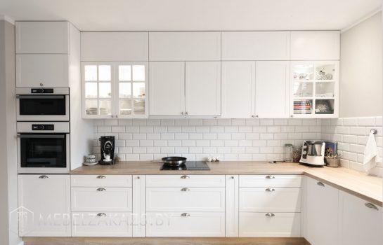 Большая скандинавская угловая кухня