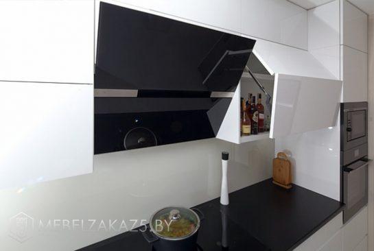 Угловая кухня минимализм со встроенной техникой