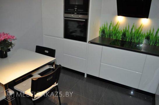 Угловая кухня в стиле минимализм мдф крашенный